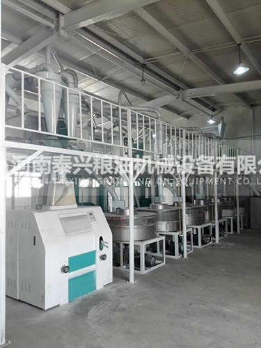 新疆奇台县6组石磨面粉机械安装案例