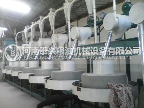 河南7组石磨面粉机安装案例