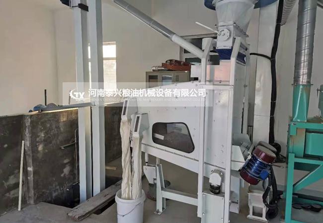 唐山10吨大米加工设备安装案例
